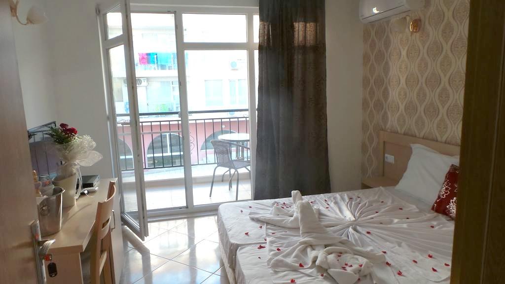 http://data.solvex.sk/Hotel/44176.jpeg