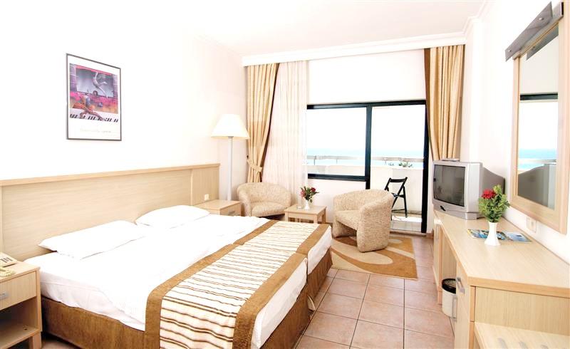 http://data.solvex.sk/Hotel/9/32415.jpeg