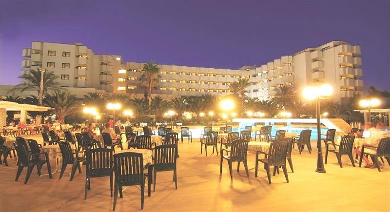 http://data.solvex.sk/Hotel/9/32421.jpeg